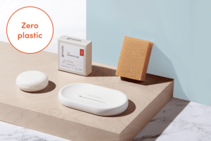 Gruum shampoo & body gift set product image with shampoo bar, body bar and halla soap dish with Zero plastic